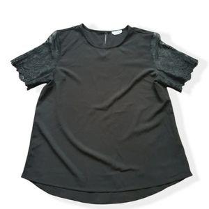 Ardine size large lace Black tunic